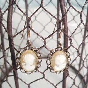 Jewelry - Vintage gold tone Cameo earrings